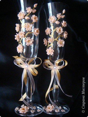Давно вынашивала в голове эту идейку. В нете встречала розы, лилии, каллы, орхидеи и другие стилизованные цветы. Сакуры не видела, вот и захотелось. фото 1