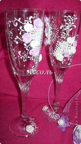 Декор свадебных бокалов - занятие увлекательное.. и затянуло меня по самые уши))) Вчера родилась еще одна парочка. фото 1