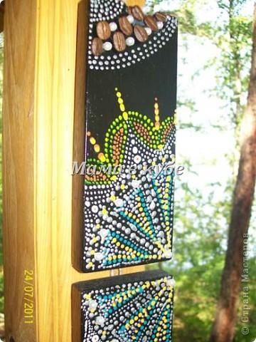 Панно из остатков обналичника двери, акриловые контуры, бусины и зерна кофе фото 2