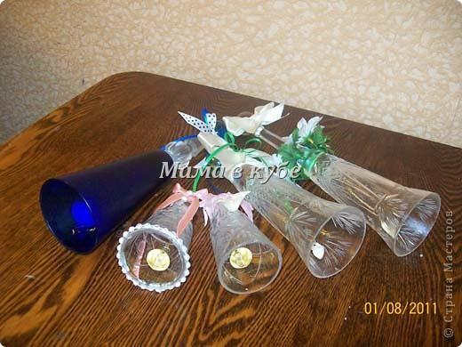 Разбитые хрустальные бокалы стали мелодичными колокольчиками фото 2