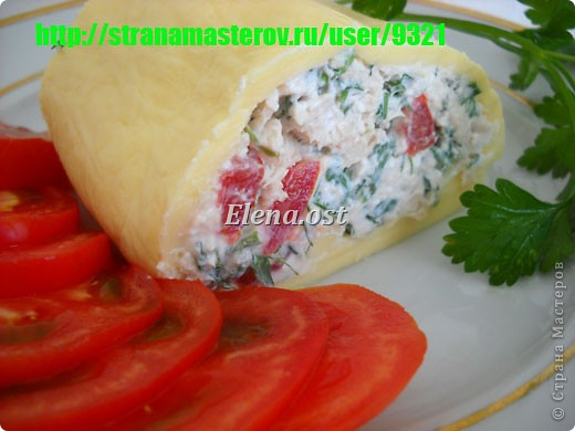 Холодная пикантная закуска с сыром, творогом и зеленью.  При копировании статьи, целиком или частично, пожалуйста, указывайте активную ссылку на источник! http://stranamasterov.ru/user/9321 http://stranamasterov.ru/node/231623 фото 18