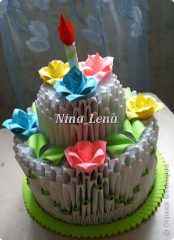 Я собирала торт по мастер-классу:   http://stranamasterov.ru/technics/cake?tid=451%2C328                только огонь свечи я решила сделать по своему фото 1