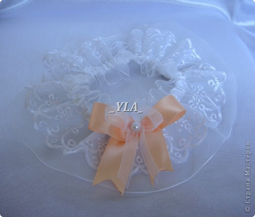 """Скоро свадьба любимой подруги!!!  Вот такой наборчик смастерила я для нее. Сундучок и книгу я уже делала для сестренки, но в другом цвете. Невеста выбрала персиковый и белый цвет, и """"модель"""" менять не стали. Выношу на ваш суд сие творение. фото 7"""