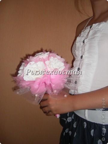 Привет всем, кто заглянул! Такой букет я уже делала на шоколадную свадьбу. Теперь он в розовом цвете....... фото 4