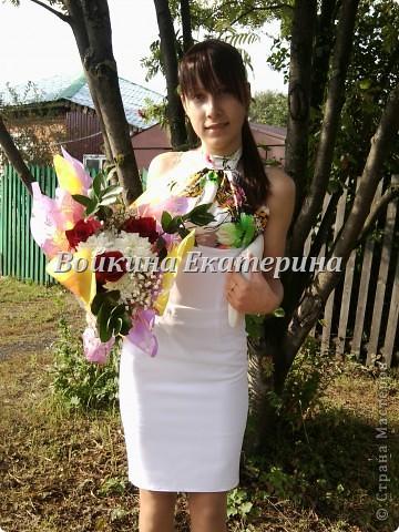 шила себе платье на 8 марта в школу.(прошу прощение за качество фоток) фото 8