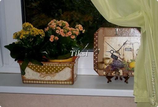 Обратный декупаж.Салфетка,фон-золотая краска,зеленая,пакетом розочки,черная,поталь,лак. фото 8