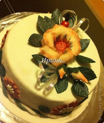 Торт с цветами из мастики фото 1