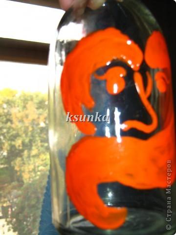 Захотелось мне бутылочку украсить, а под рукой только акриловые краски рыженькие... Но голь на выдумки хитра!  фото 5
