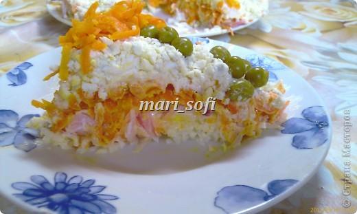Вот такой красочный получился салатик!