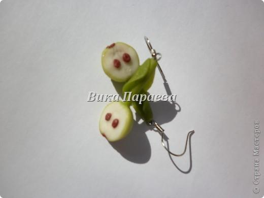 Еще одни ч=сережки в мою коллекцию на этот раз фантазии хватило на яблочки, что еще придумать пока не решила, может кто подскажет, буду благодарна за идейки) фото 2