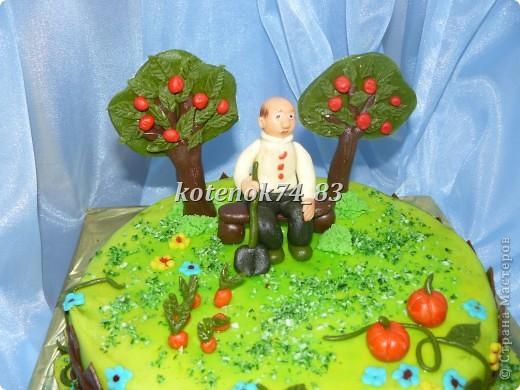 Вот такой сделала тортик для именинника садовода-любителя. фото 2