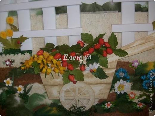 """Идею """"честно """"стянула"""" у Софьи Баланюк, в хабаровском центре. Только тележка у нее была с ромашками, ну а мне же в столовую нужно- значит будет с ягодами. Размер- 70х50см (ага, гигантизмом нисколечко не страдаю :)) ) фото 3"""