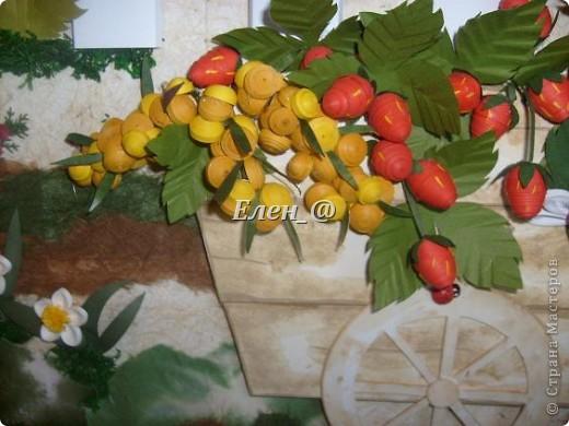 """Идею """"честно """"стянула"""" у Софьи Баланюк, в хабаровском центре. Только тележка у нее была с ромашками, ну а мне же в столовую нужно- значит будет с ягодами. Размер- 70х50см (ага, гигантизмом нисколечко не страдаю :)) ) фото 7"""