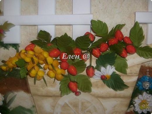 """Идею """"честно """"стянула"""" у Софьи Баланюк, в хабаровском центре. Только тележка у нее была с ромашками, ну а мне же в столовую нужно- значит будет с ягодами. Размер- 70х50см (ага, гигантизмом нисколечко не страдаю :)) ) фото 8"""