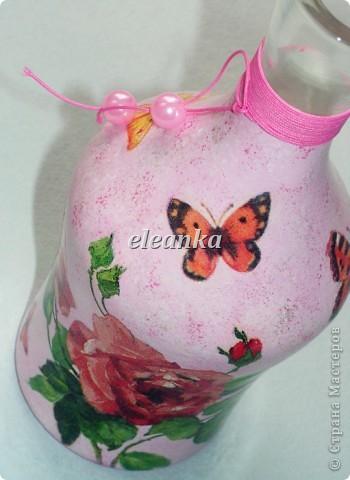 Был графин без пробки, вышла вазочка для цветов...  Декупаж, акриловые краски, лак. фото 2