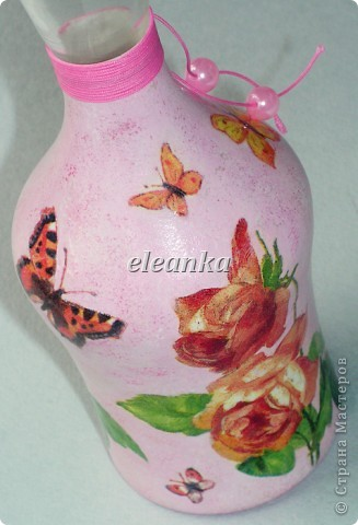 Был графин без пробки, вышла вазочка для цветов...  Декупаж, акриловые краски, лак. фото 3