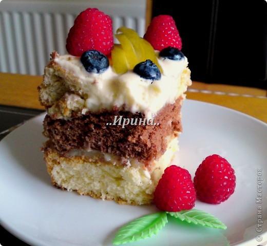 а этот тортик тоже готовился вместе с предыдущим, но так сфоткать и не успела, уж очень быстро его съели))) фото 1