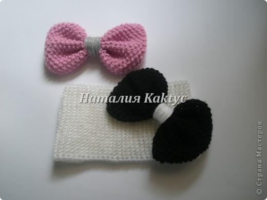 Повязочка на голову для девочки с бантиками которые можно снимать и менять. фото 2