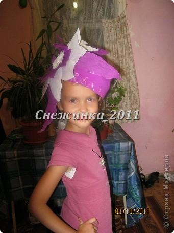А это моя племянница Полиночка демонстрирует шляпки фото 1