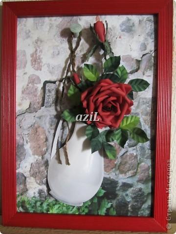 Вот еще одна роза в моей коллекции. Делать их одно удовольствие.
