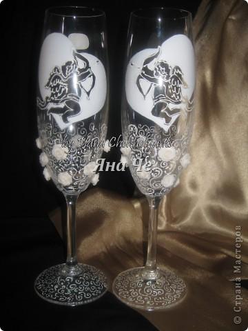 Бутылка  на свадьбу в Америку. Попросили сделать к бокалам, которые делала я ранее. фото 4