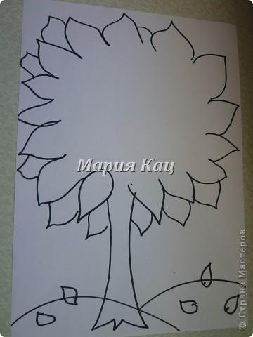 В саду, на урок английского задали нарисовать семейное дерево. а мы решили не идти простым путем, и не рисовать, а сделать вот такое дерево. фото 2