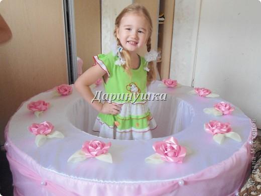 """Вот такой вот торт я """"испекла"""" к юбилею школы танца. Торт не простой, а с сюрпризом - во время праздника оттуда появится танцовщица. фото 6"""
