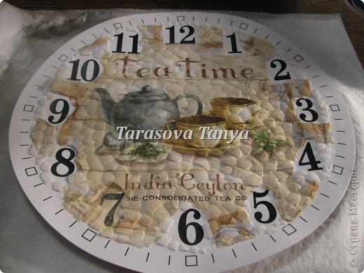 Вот такие часы, дебют заключается в том что декупаж делала с файликом на скорлупу, на мой взгляд получилось без морщинок - вот и дебют и радости нет придела - наконец-то :) фото 7