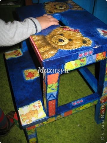 стульчик с мишками в детскую фото 3
