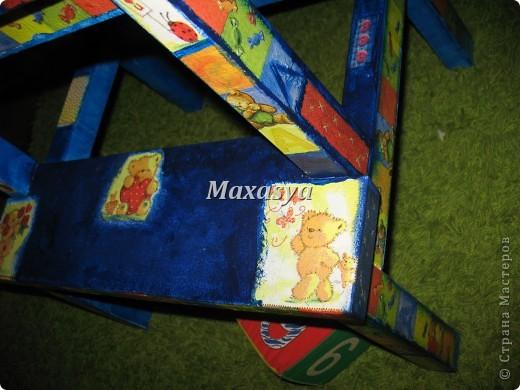 стульчик с мишками в детскую фото 5