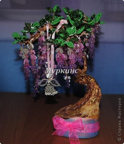 Вот еще одно бисерное деревце с моих рук)  Подарено на День рождения с пожеланиями скорейшего пополнения в семье. фото 1