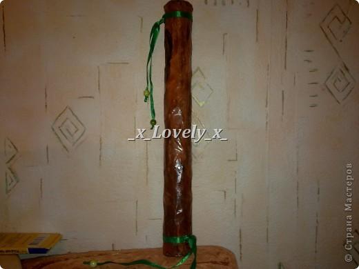 Рейнстик - это что-то типо музыкального инструмента напоминающего звук дождя, по правилам его надо делать из полого ствола растения, но у меня это трубка из под фольги. Мк нашла на каком-то сайте. фото 1