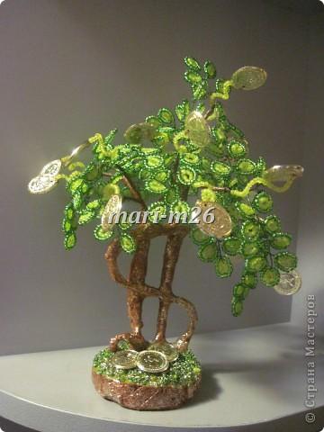 """Представляю вашему вниманию один из вариантов денежного дерева. История его создания такова - срочно нужен был оригинальный подарок для мужчины. Вот за три дня и """"родилось"""" такое дерево. Как - об этом сейчас подробно расскажу... фото 22"""