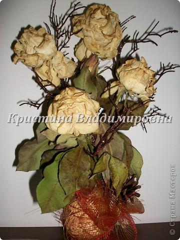 Жаль было выбросить розы - сделала такую вот икебану)) фото 1