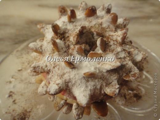 Всем привет! Сегодня с дочей готовили её любимые запечёные яблочки, украшали тыквенными семечками (приятное с полезным) и фото 1