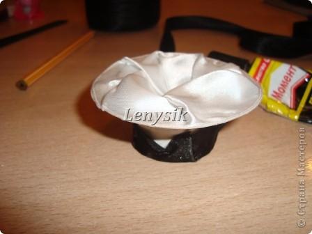 Я очень долго искала МК по изготовлению шляпы, но так и не нашла!! Пришлось придумывать самой! Пробовала по разному...... Но этот вариант мне больше всех понравился!! Быстро и красиво!!! Вот решила поделится, может кому нибудь и пригодится мой МК!!! Это заготовки, их у меня полно нарезано : )))) фото 7