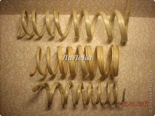 браслеты и схема плетения из бусин своими руками. сосна из бисера мк. бисероплетение для... бисероплетение лилии...