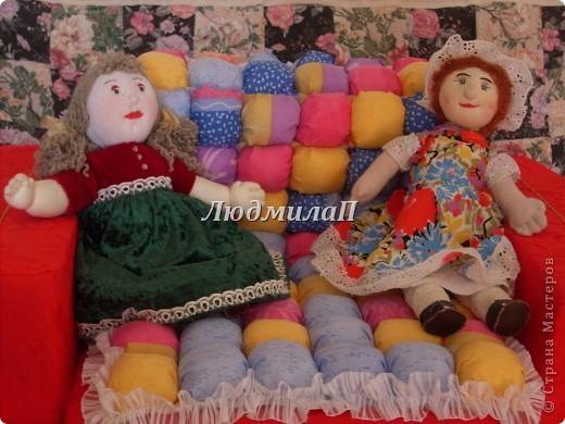 Как-то увидела образцы оформления детской-и там были кресла маленькие...Решила - обязательно сошью своей внучке кресло и нарядное и удобное..Ура!!!Сшила!!! фото 3