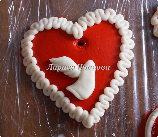 Всем мастерицам доброго времени суток! Предлагаю сделать простенькие валентинки друзьям и родным на подарки.  фото 6