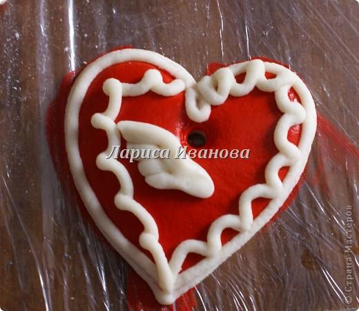Всем мастерицам доброго времени суток! Предлагаю сделать простенькие валентинки друзьям и родным на подарки.  фото 12