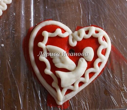 Всем мастерицам доброго времени суток! Предлагаю сделать простенькие валентинки друзьям и родным на подарки.  фото 13