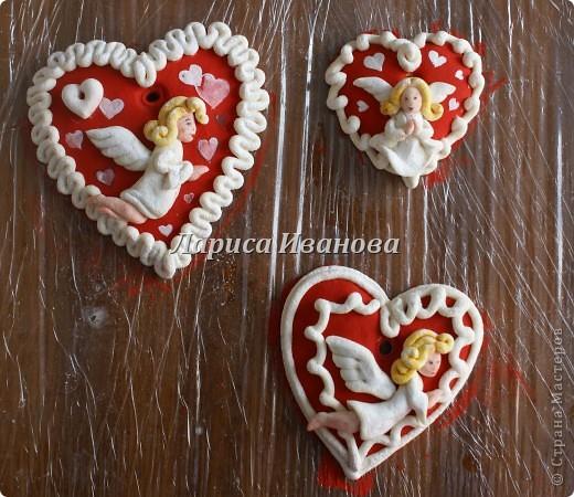 Всем мастерицам доброго времени суток! Предлагаю сделать простенькие валентинки друзьям и родным на подарки.  фото 15