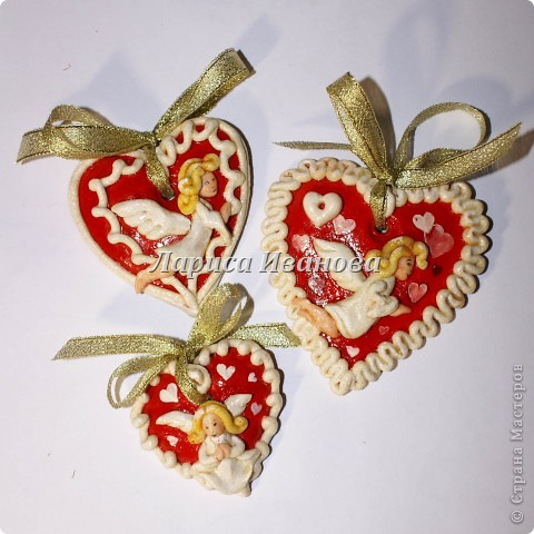 Всем мастерицам доброго времени суток! Предлагаю сделать простенькие валентинки друзьям и родным на подарки.  фото 16