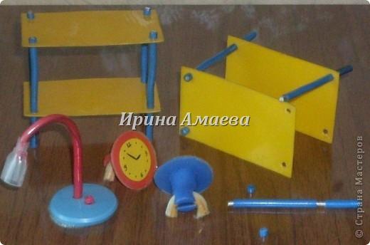 Всем привет! Вот такая самодельная мебель у кукол моих дочек))). фото 5