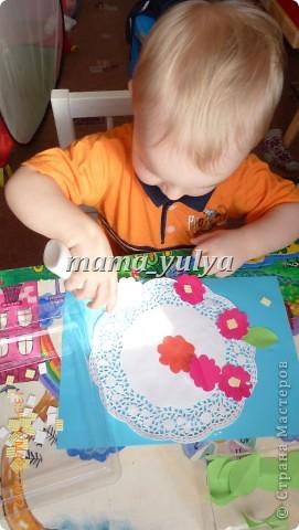 сынуле исполнилось 2 года, решила дать ему в руки клей и бумагу....вот что у нас получилось... фото 2