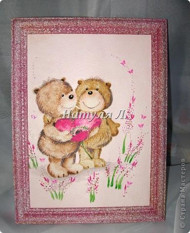 Был забавный кусочек обоев..... Приклеила его на картон....Выкрасила рамку в цвет..... + прорисовка и декоративные бабочки для ногтевого дизайна....  фото 3