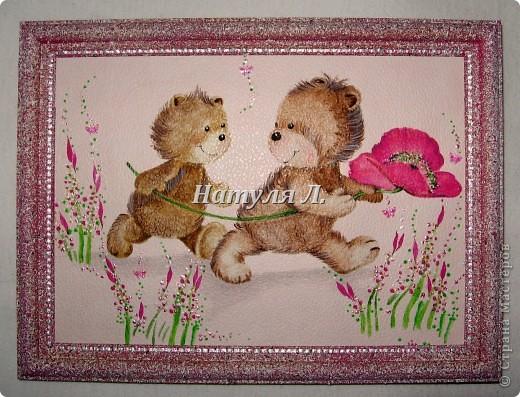 Был забавный кусочек обоев..... Приклеила его на картон....Выкрасила рамку в цвет..... + прорисовка и декоративные бабочки для ногтевого дизайна....  фото 7