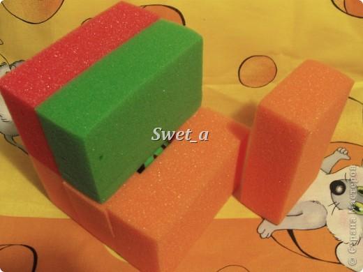 Кубик для племянника. Божья коровка растегивается, внутри на ткани пчелка. Ножки-резиночки. фото 7