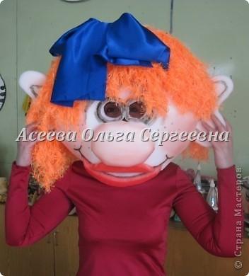 Как я уже писала, будет вторая часть пособия по работе с поролоном. Автор пособия Асеева Ольга Сергеевна. РАК. Маска-шапочка - на голову, клешни - на руки. фото 15
