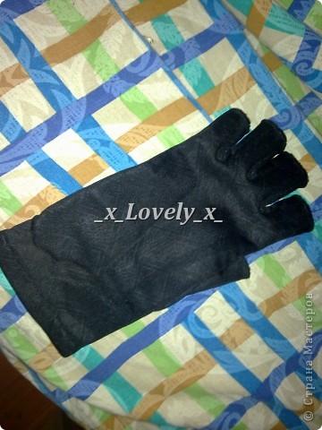 Мои перчатки. В принципе похожи на чешуйчатые доспехи. Куда носить - понятия не имею, но нравятся безумно.. Идея увидела тут - http://www.novate.ru/blogs/220212/20135/ И собственно мк))) фото 9